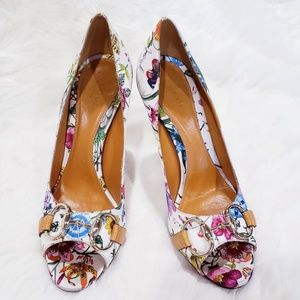 Gucci floral open toe pumps heels sz 6B